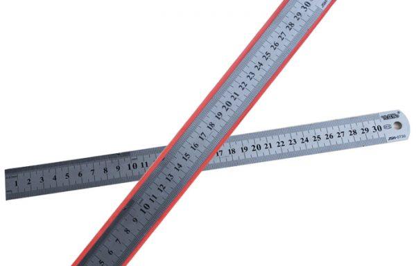 Penggaris 30 cm Besi